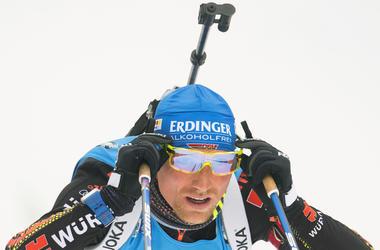 Симон Шемпп выиграл масс-старт Кубка мира по биатлону