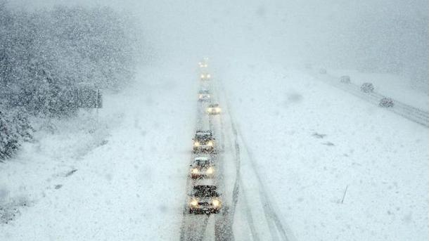 На трассах Винницкой иЧеркасской областей остается ограничение движения транспорта