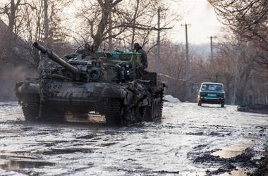 Ситуация на Донбассе: пятеро раненых, ночные обстрелы и провокации