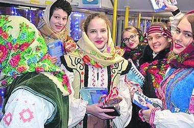 В Одессе Рождество отметили парадом трамваев и вертепом
