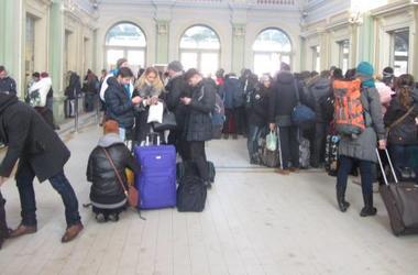 В польском Перемышле выстроились гигантские очереди за билетами на новый Интерсити в Украину