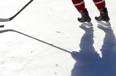 19 хоккеисток отравились угарным газом в США