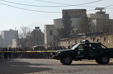Двойной теракт в Кабуле убил 27 человек