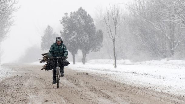 Медработники опровергли связь между болями всуставах ипеременами погоды