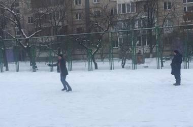 В Киеве на Березняках открывается бесплатный каток