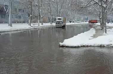 В Одессе улица превратилась в реку