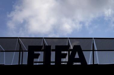 ФИФА требует завершить следующий сезон до финала Лиги чемпионов в Киеве