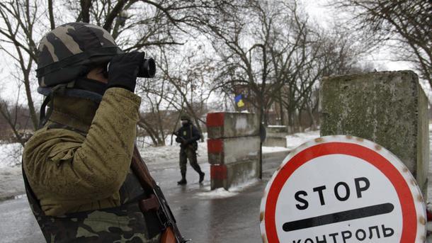 ВЛуганске 250 тыс.  человек остались без воды