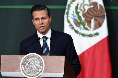"Мексика наотрез отказалась платить за ""стену Трампа"""