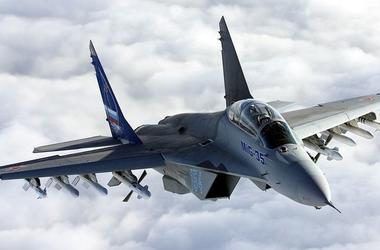 Самолет НАТО провел разведку у российских рубежей - росСМИ