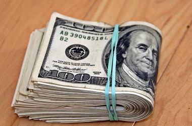 Гривня в пике: курс доллара в Украине снова подскочил