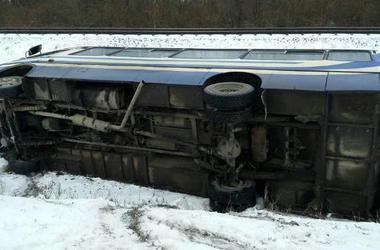 В Львовской области перевернулся автобус с пассажирами