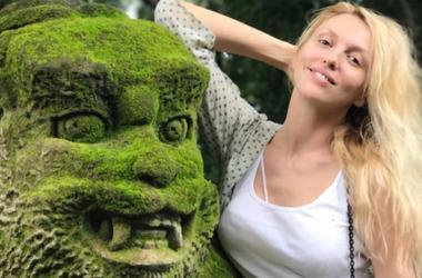 Оля Полякова в купальнике похвасталась фигурой на Бали
