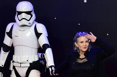 """В """"Звездные войны"""" хотят добавить цифровую версию принцессы Леи"""
