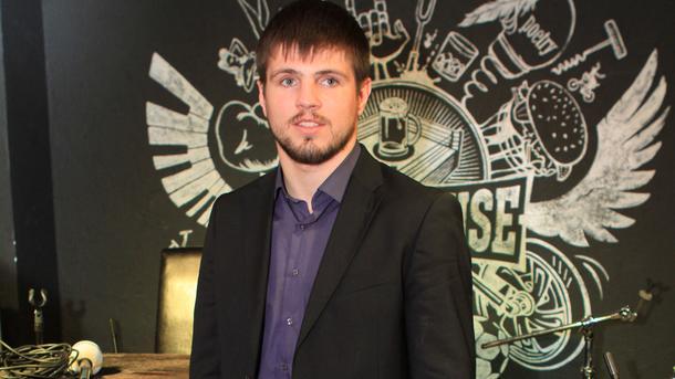 Украинский боксер Хитров потерпел первое поражение вкарьере