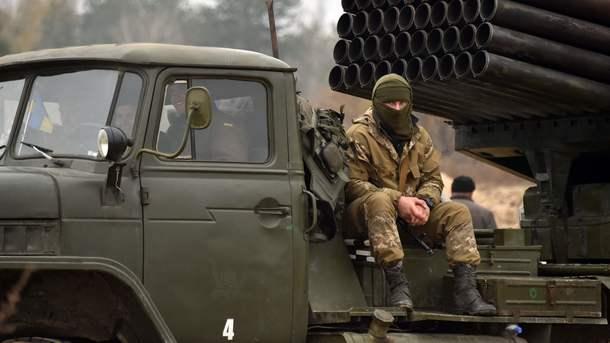 Силы АТО отбили две атаки боевиков намариупольском направлении— штаб