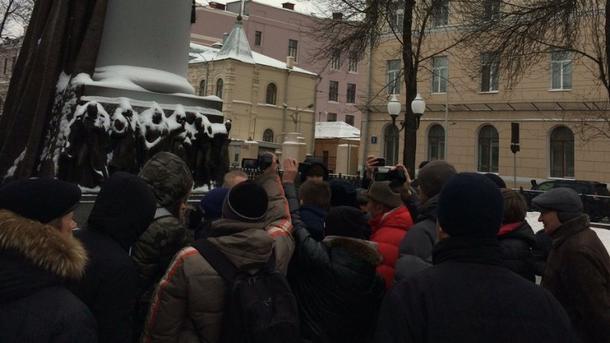 В столице России впроцессе несогласованной акции задержаны десятки активистов