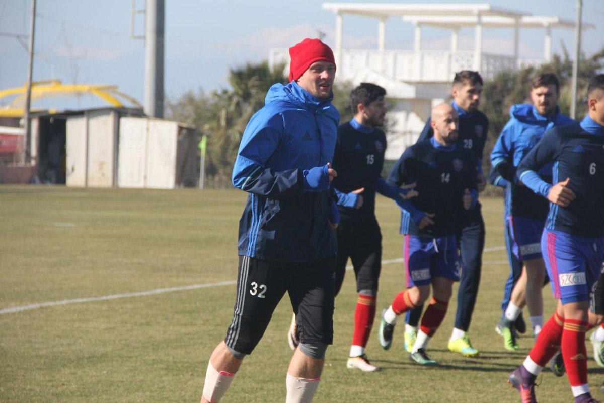 Селезнев вышел в составе молодежной команды Шахтера
