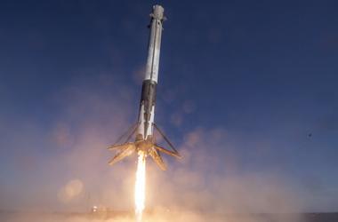 SpaceX сообщила об успешном запуске Falcon-9