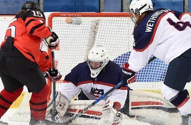 18-летние американские хоккеистки выиграли чемпионат мира