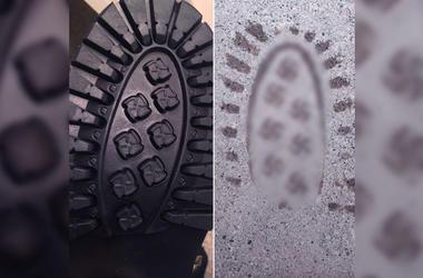 Американская компания случайно выпустила ботинки со свастикой
