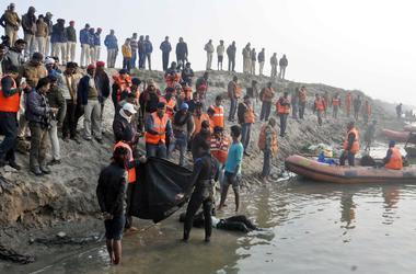 В Индии в давке на религиозном фестивале погибли шесть человек