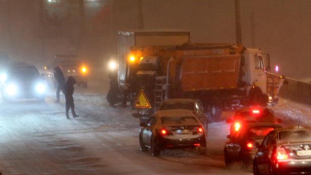 Уровень аварийности на трассах остается критическим в 7-ми областях - милиция
