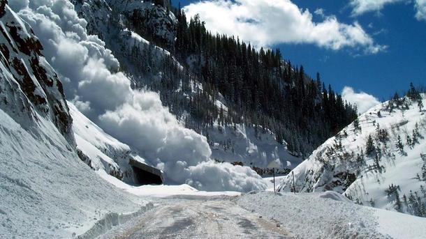 Сход лавин реален вгорах Ивано-Франковской иЗакарпатской областей