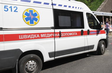 Под Киевом 14-летняя девочка прыгнула с шестого этажа
