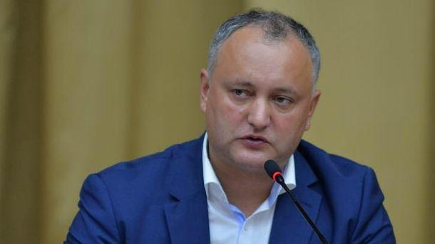 Либералы Молдавии требуют отставки президента