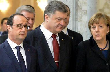 Порошенко, Меркель и Олланд обсудили ситуацию на Донбассе и соглашение об ассоциации