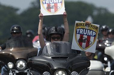 Как у Путина: у Трампа появились боевые байкеры