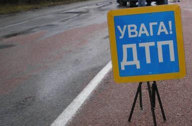 Во Львовской области легковушка врезалась в автобус  с пассажирами