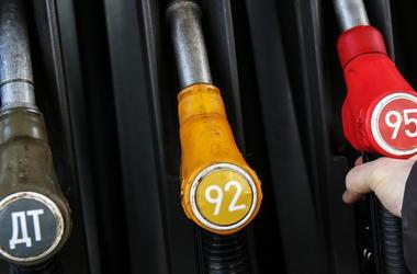 Benzín na Ukrajině, dražší - expert