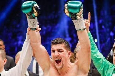 Marco gancho celebrará la lucha por el título