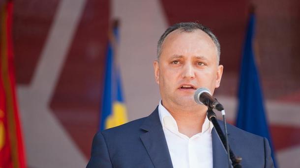 Президент РФ оценил мужество съездившего вПриднестровье Додона
