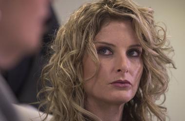 Американка, обвинявшая Трампа в домогательствах, подала на него в суд