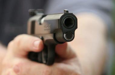 В Запорожье копы подстрелили разбойника