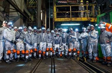 Коноплянка спустился в шахту на 1000 метров под землю (фото)
