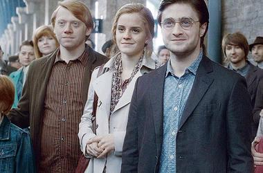 """Дэниел Рэдклифф, Эмма Уотсон и Руперт Грин снимутся в продолжении """"Гарри Поттера"""" - СМИ"""
