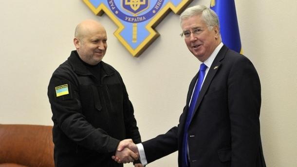 Англия хочет последовательно увеличивать военно-техническую помощь Украине— СНБО