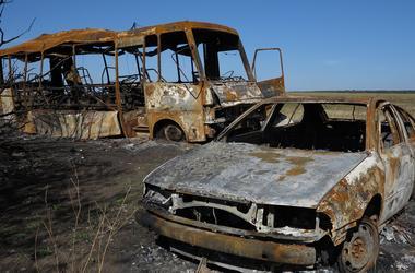 На Донбассе боевики обстреляли пассажирский автобус