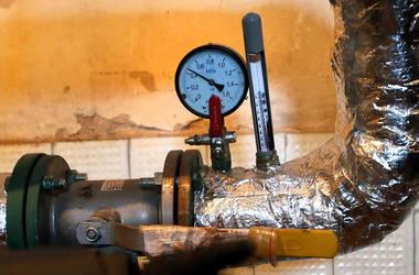 Выгоднее ли оплачивать отопление по счетчику и стоит ли от него отказаться
