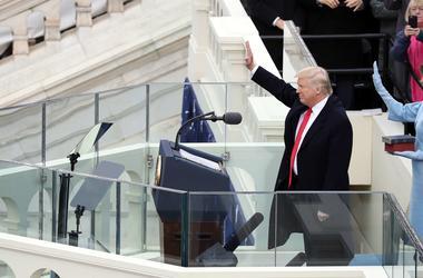 """""""Все изменится сегодня"""": что пообещал Трамп в своей речи на инаугурации"""