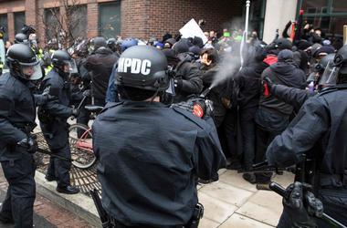 В Вашингтоне за беспорядки задержали более 90 человек
