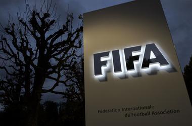 Игрок сборной Франции отсудил у ФИФА 60 тысяч евро, а хотел 6 миллионов