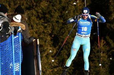 Норвежец Бе выиграл масс-старт на этапе Кубка мира по биатлону в Италии