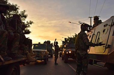 Казна Гамбии оказалась пуста после изгнания бывшего президента