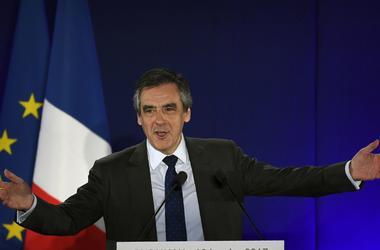 В Москве ответили на заявление лидера президентской гонки во Франции по санкциям против РФ