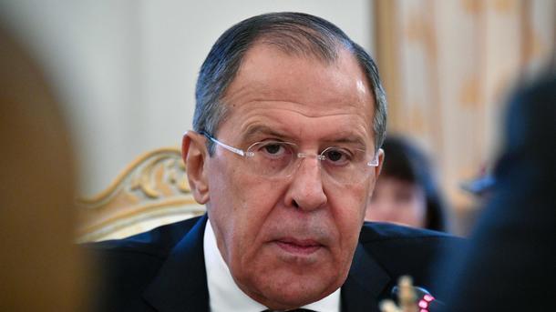 Лавров объявил, что Порошенко увиливает от обязанностей поМинским соглашениям